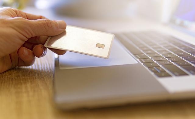 ביטול עסקה באינטרנט – מה אומר החוק?